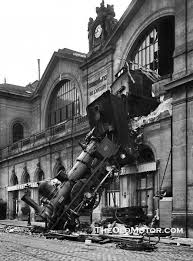 Montparnasse train crash