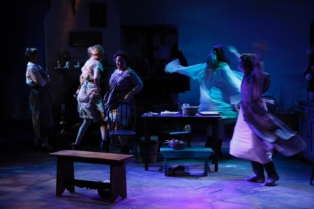 Dancing at Lughnasa photo: Carol Rosegg