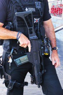 policeman-2585928_1280